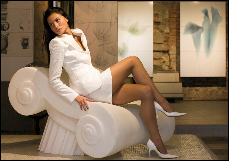 devushka-s-seksualnimi-nozhkami-foto