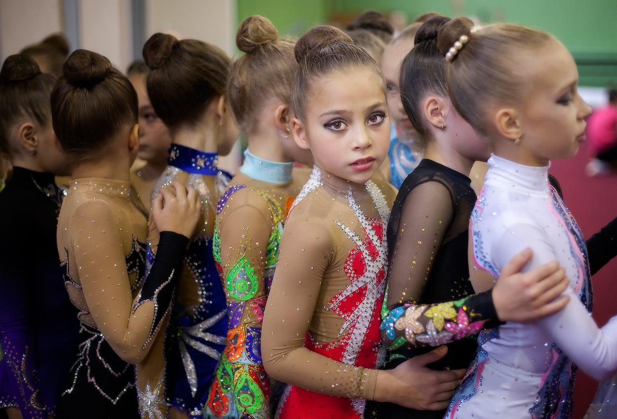 Юные гимнастки ню фото