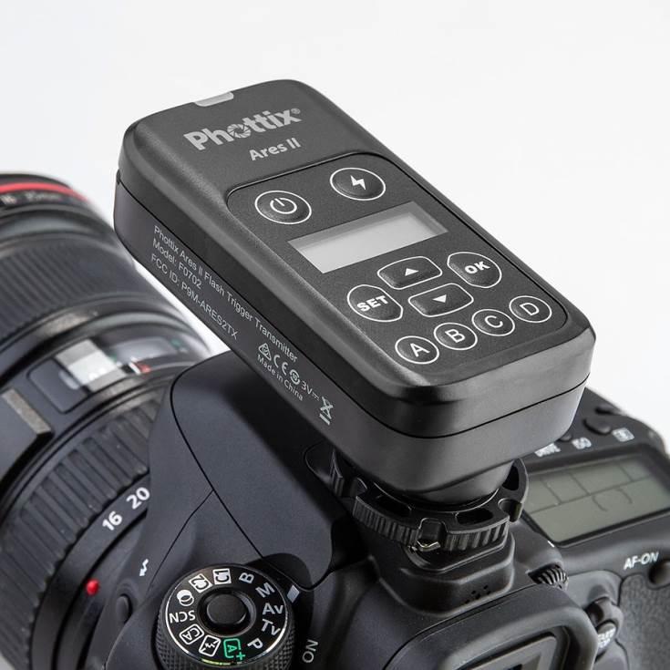 Система Ares II совместима с камерами Canon, Nikon, Sony (с гнездом MIS), Pentax, Panasonic, Fuji и Olympus